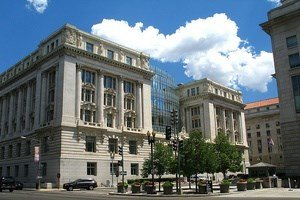Avian Averting System client installation picture Washington DC City Hall Wilson Building