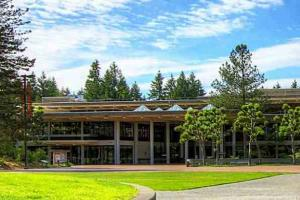 Avian Averting System client installation picture Evergreen State University in Olympia Washington